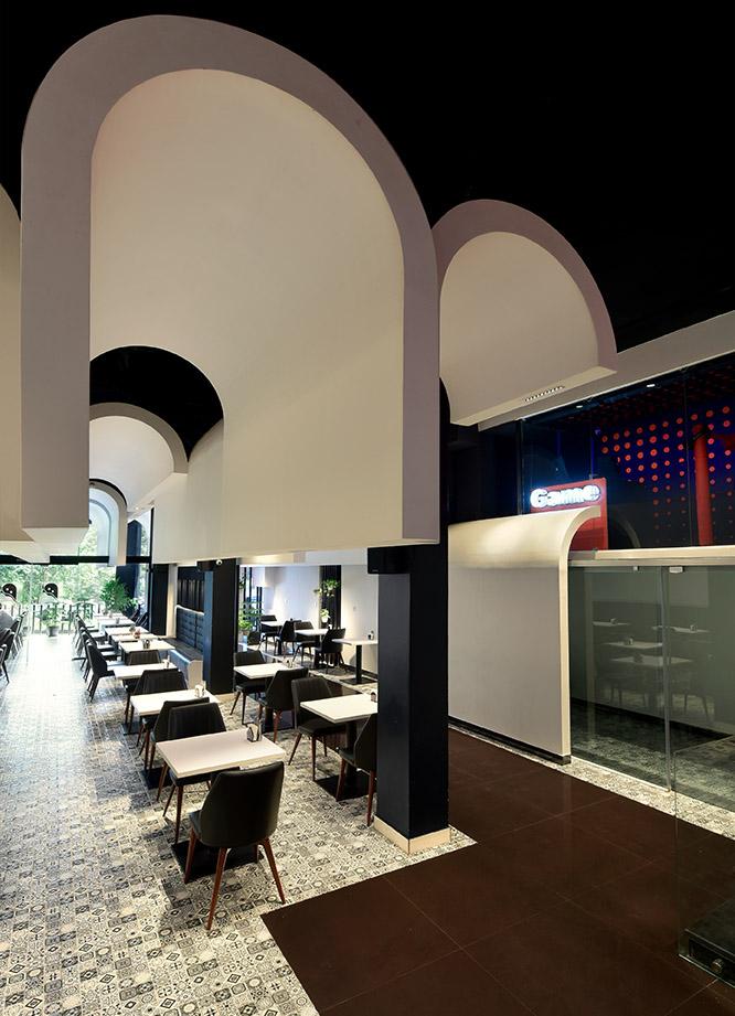 رستوران لومنز